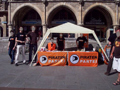 Infostand Muenchen 20090812 1.png